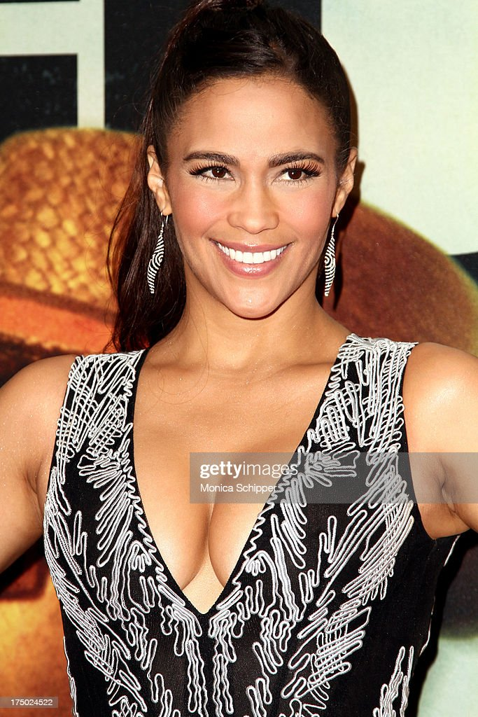 Actress Paula Patton attends '2 Guns' New York Premiere at SVA Theater on July 29, 2013 in New York City.