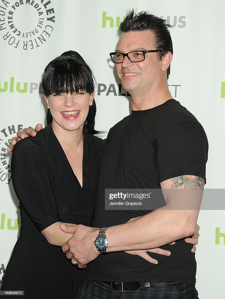 Actress <a gi-track='captionPersonalityLinkClicked' href=/galleries/search?phrase=Pauley+Perrette&family=editorial&specificpeople=625846 ng-click='$event.stopPropagation()'>Pauley Perrette</a> and Thomas Arklie attend the 30th Annual PaleyFest: The William S. Paley Television Festival honors The Big Bang Theory held at Saban Theatre on March 13, 2013 in Beverly Hills, California.