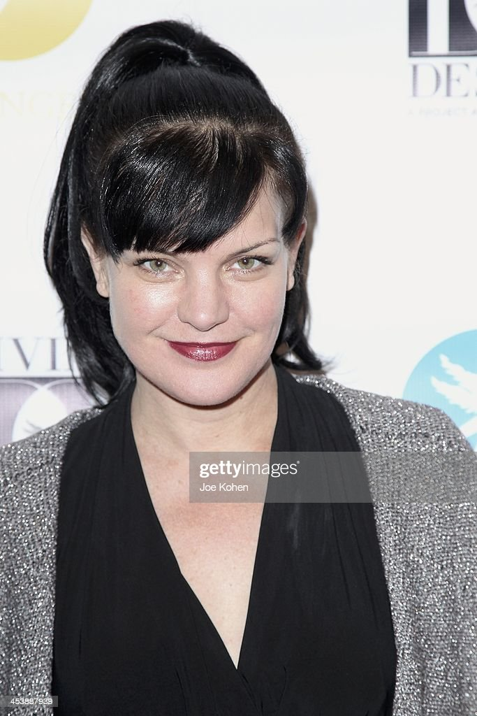 Actress <a gi-track='captionPersonalityLinkClicked' href=/galleries/search?phrase=Pauley+Perrette&family=editorial&specificpeople=625846 ng-click='$event.stopPropagation()'>Pauley Perrette</a> attends the Opening Night Party For Divine Design 2013 on December 5, 2013 in Beverly Hills, California.