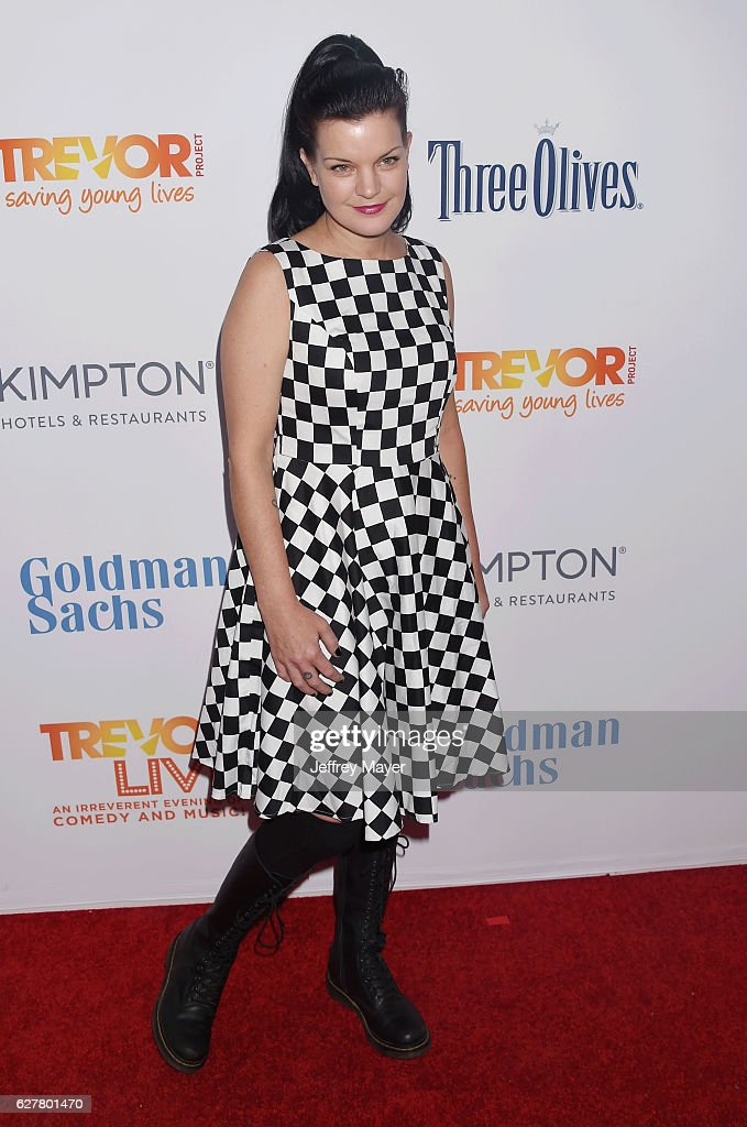 Actress Pauley Perrette attends the TrevorLIVE Los Angeles 2016 Fundraiser at the Beverly Hilton Hotel on December 04, 2016 in Beverly Hills, California.