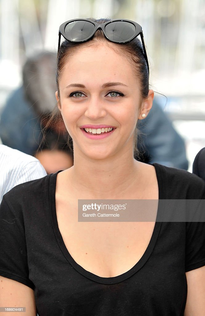 Actress Pauline Burlet attends 'Le Passe' photocall during the 66th Annual Cannes Film Festival on May 17, 2013 in Cannes, France.
