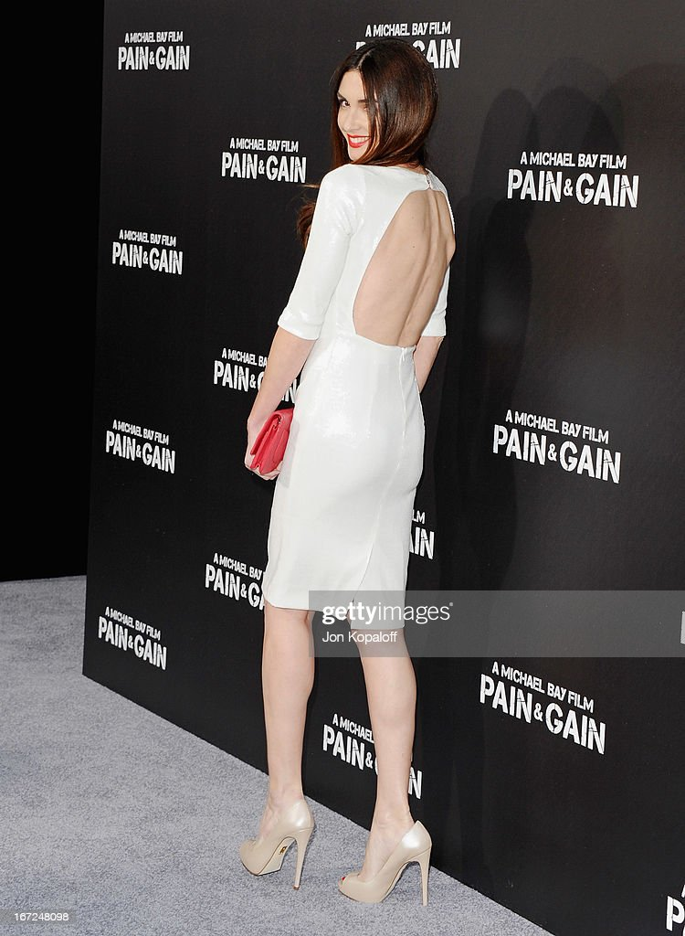 Actress Paz Vega arrives at the Los Angeles Premiere 'Pain & Gain' at TCL Chinese Theatre on April 22, 2013 in Hollywood, California.