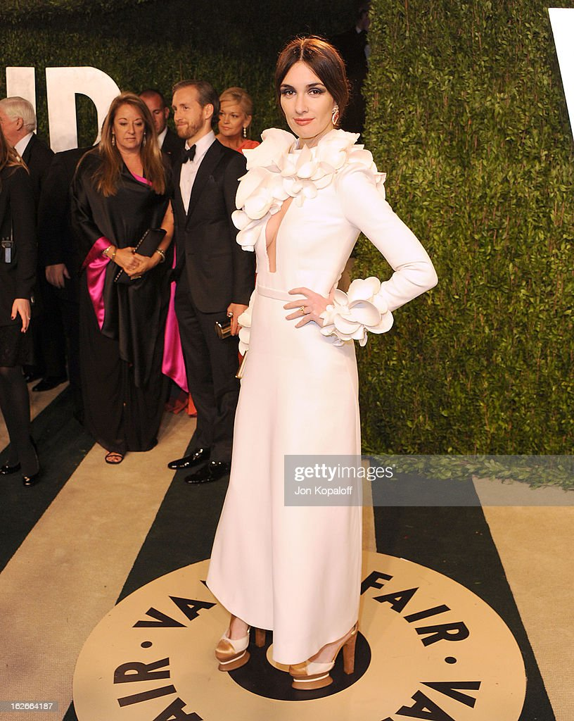 Actress Paz Vega attends the 2013 Vanity Fair Oscar party at Sunset Tower on February 24, 2013 in West Hollywood, California.