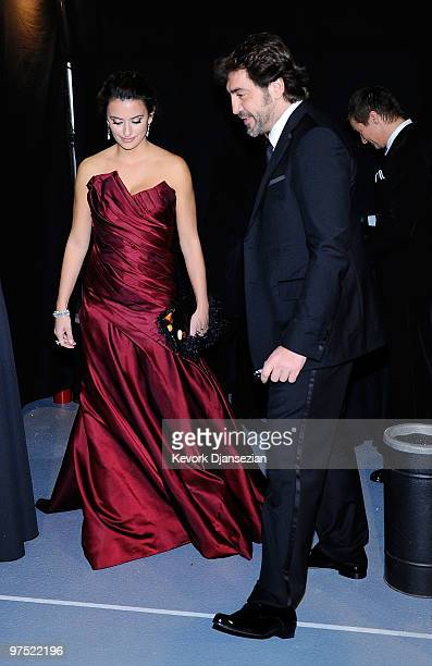 Actress Penelope Cruz and actor Javier Bardem arrive backstage at the 82nd Annual Academy Awards held at Kodak Theatre on March 7 2010 in Hollywood...