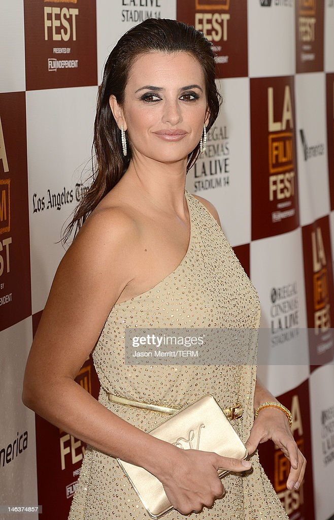 Actress Penelope Cruz arrives at Film Independent's 2012 Los Angeles Film Festival Premiere of Sony Pictures Classics' 'To Rome With Love' at Regal Cinemas L.A. LIVE Stadium 14 on June 14, 2012 in Los Angeles, California.