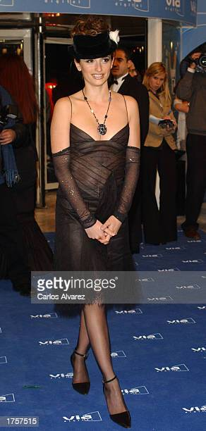 Actress Penelope Cruz arrives at the 27th Spanish Cinema Goya Awards February 1 2003 at Palacio de Congresos in Madrid Spain