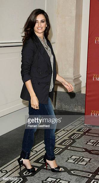 Actress Penelope Cruz attends the Germany photocall of 'Los Abrazos Rotos' at Hotel de Rome on August 3 2009 in Berlin Germany