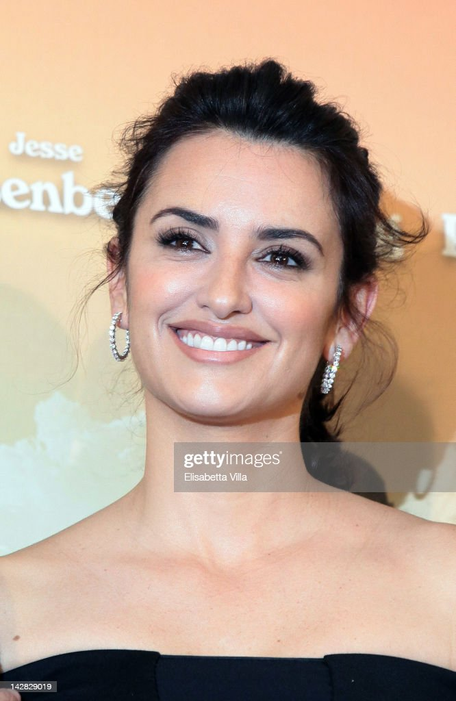 Actress Penelope Cruz attends 'To Rome With Love' photocall at Hotel Parco dei Principi on April 13, 2012 in Rome, Italy.