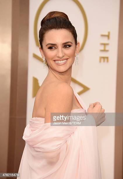 Actress Penélope Cruz attends the Oscars held at Hollywood Highland Center on March 2 2014 in Hollywood California