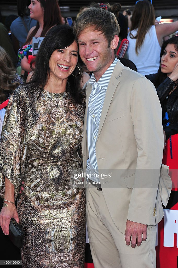 Actress <a gi-track='captionPersonalityLinkClicked' href=/galleries/search?phrase=Perrey+Reeves&family=editorial&specificpeople=537738 ng-click='$event.stopPropagation()'>Perrey Reeves</a> and Aaron Fox arrive at the Premiere Of Columbia Pictures' '22 Jump Street' at Regency Village Theatre on June 10, 2014 in Westwood, California.