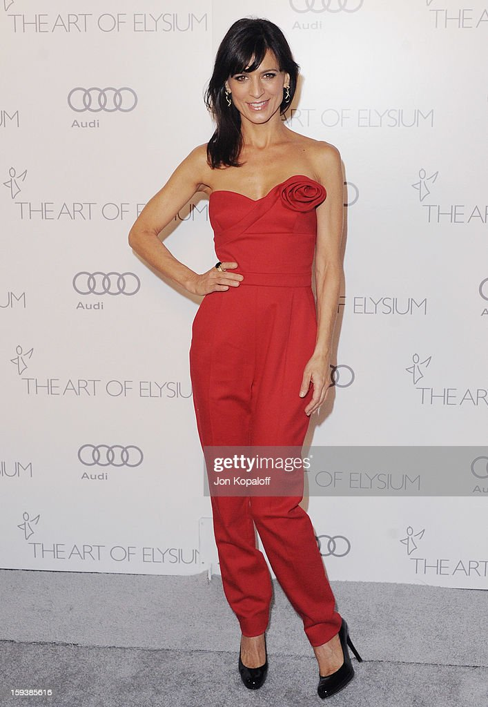 Actress Perrey Reeves arrives at the Art Of Elysium's 6th Annual Heaven Gala on January 12, 2013 in Los Angeles, California.