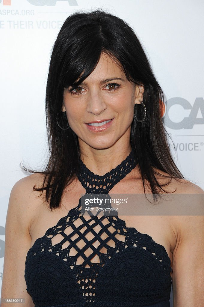 Actress <a gi-track='captionPersonalityLinkClicked' href=/galleries/search?phrase=Perrey+Reeves&family=editorial&specificpeople=537738 ng-click='$event.stopPropagation()'>Perrey Reeves</a> attends the American Society for the Prevention of Cruelty to Animals celebrity cocktail party on May 6, 2014 in Beverly Hills, California.
