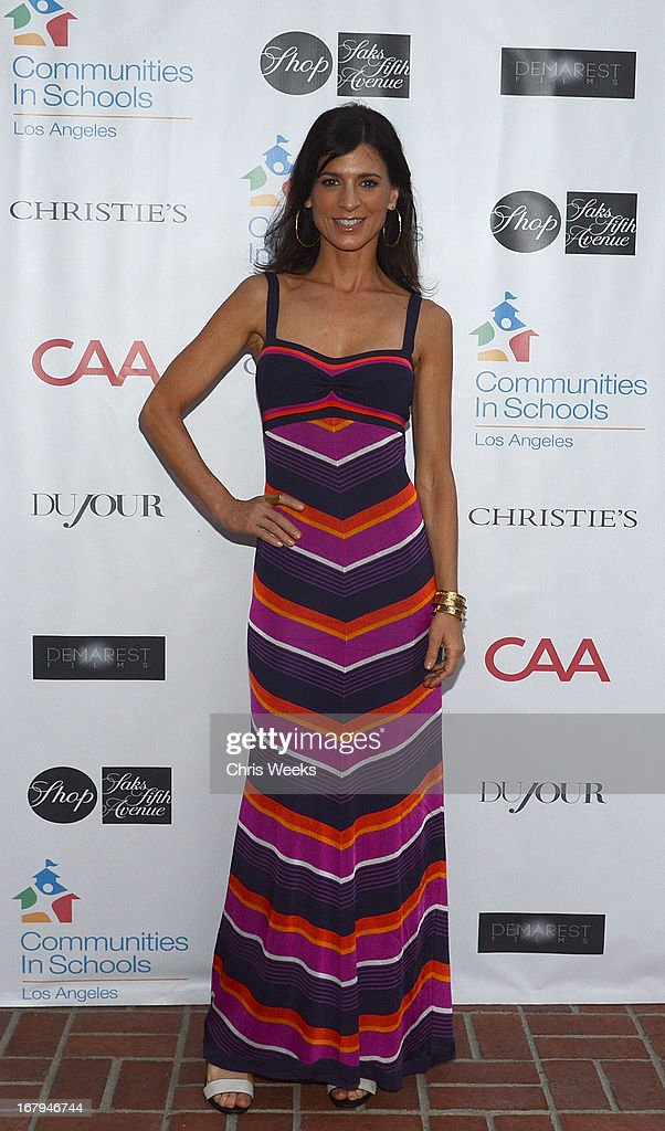 Actress Perrey Reeves attends the Communities In Schools 'School Life' Gala at a Private Residence on May 2, 2013 in Beverly Hills, California.