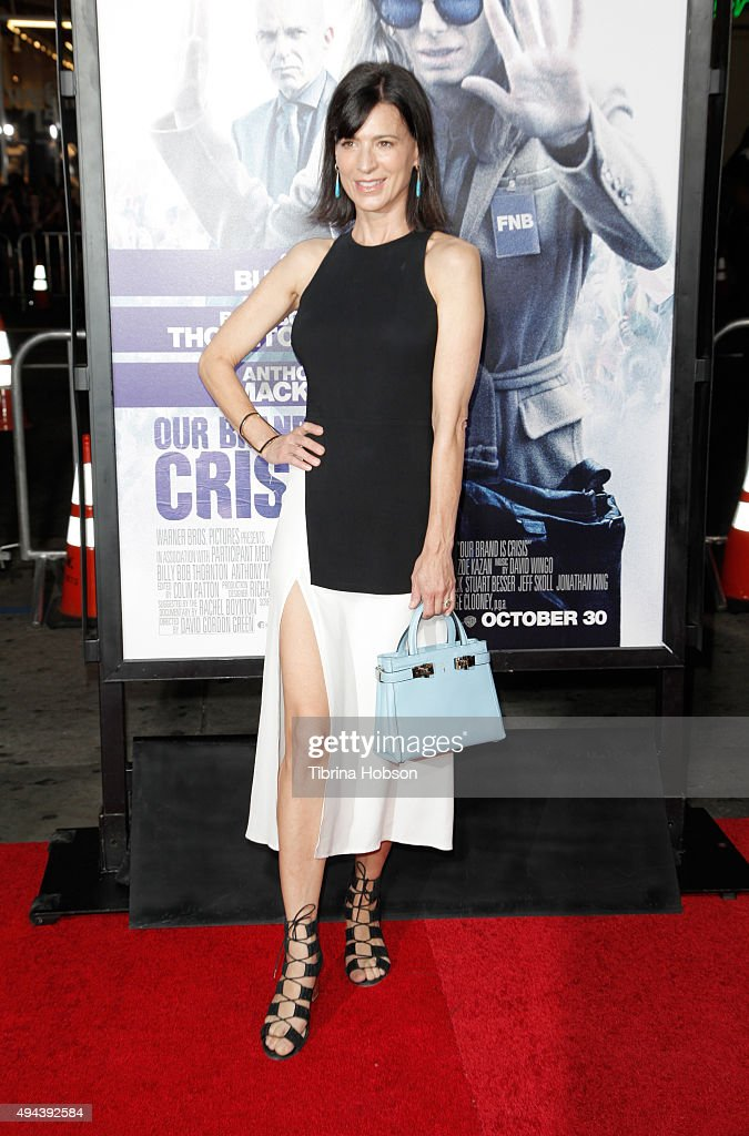Actress Perrey Reeves attends the premiere of Warner Bros Pictures' 'Our Brand Is Crisis' at TCL Chinese Theatre on October 26 2015 in Hollywood...