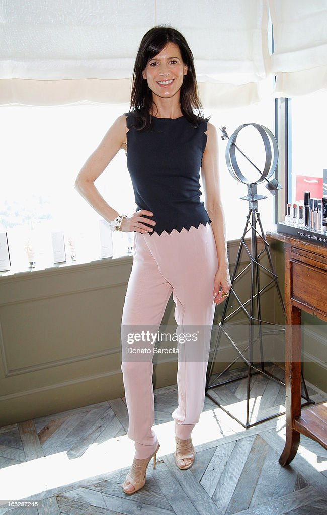 Actress Perrey Reeves attends the Rodial 10th Anniversary Luncheon on April 2, 2013 in West Hollywood, California.