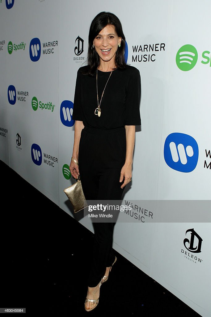 Actress Perrey Reeves attends the Warner Music Group annual Grammy celebration at Chateau Marmont on February 8, 2015 in Los Angeles, California.