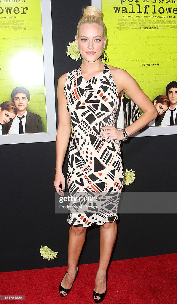 Actress Peta Murgatroyd attends the Premiere Of Summit Entertainment's 'The Perks Of Being A Wallflower' at the Arclight Cinerama Dome on September 10, 2012 in Hollywood, California.