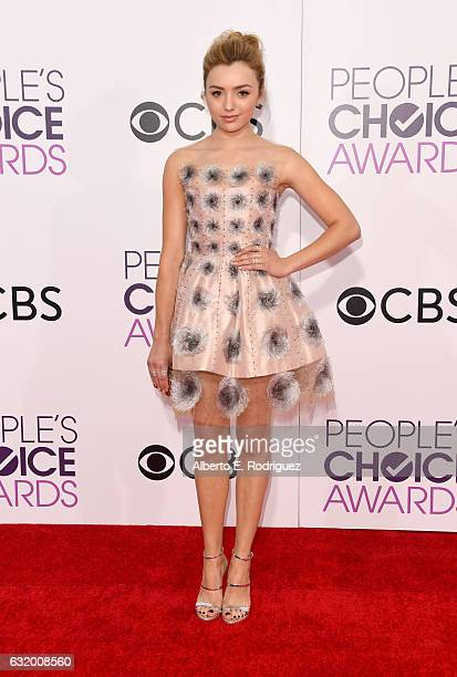 Actress Peyton List attends the People's Choice Awards 2017 at Microsoft Theater on January 18 2017 in Los Angeles California