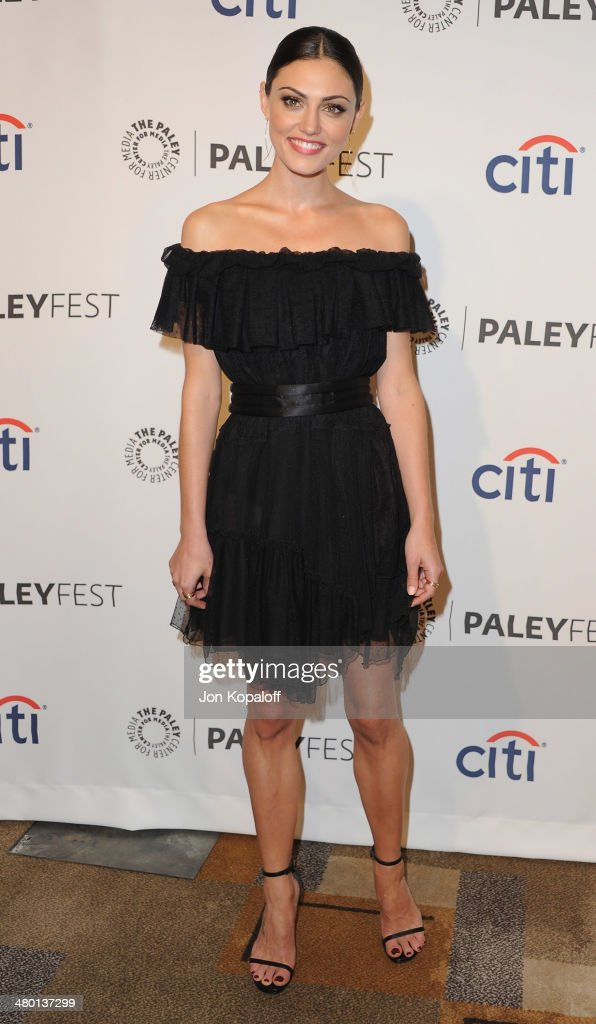 Actress Phoebe Tonkin arrives at the 2014 PaleyFest - 'The Vampire Diaries' & 'The Originals' on March 22, 2014 in Hollywood, California.
