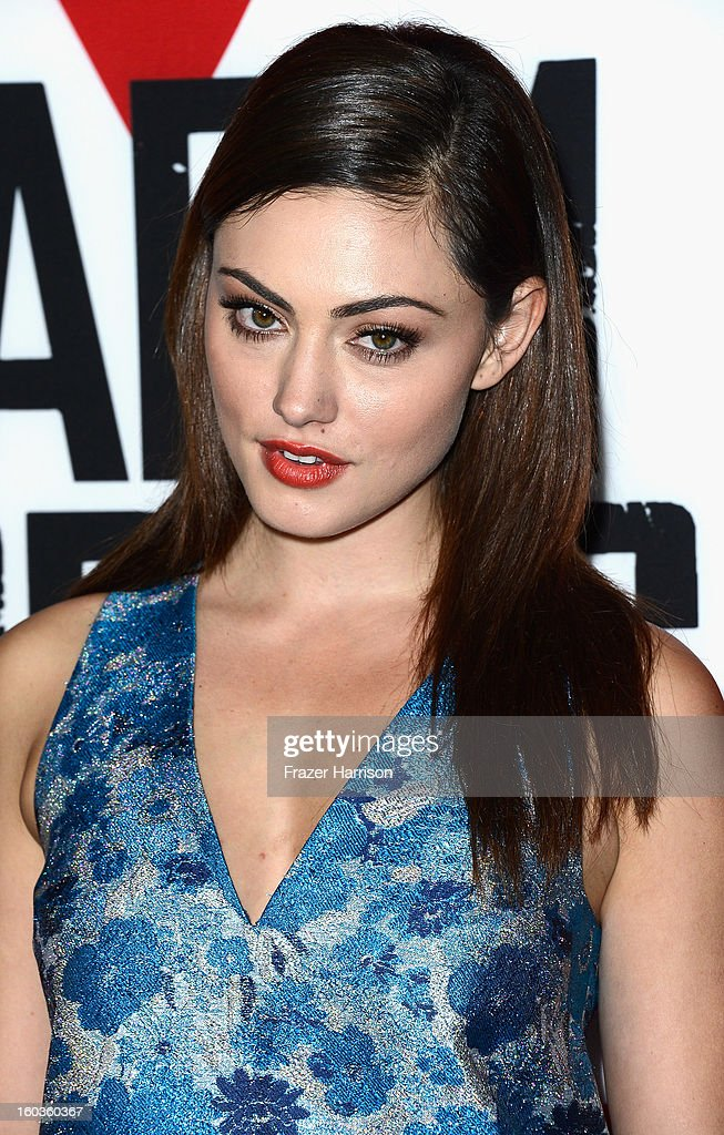 Actress Phoebe Tonkin arrives at the premiere of Summit Entertainment's 'Warm Bodies' at ArcLight Cinemas Cinerama Dome on January 29, 2013 in Hollywood, California.