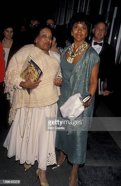Actress Phylicia Rahad and mother Vivian Ayers Allen attending 65th Annual Academy Awards on March 29 1993 at the Dorothy Chander Pavilion in Los...
