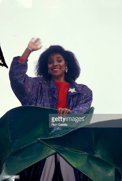 Actress Phylicia Rashad attending 'Thanksgiving Day Parade' on November 26 1987 in New York City New York