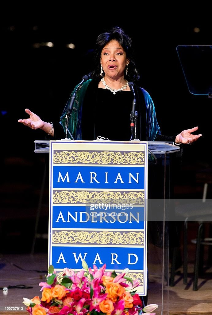 Actress <a gi-track='captionPersonalityLinkClicked' href=/galleries/search?phrase=Phylicia+Rashad&family=editorial&specificpeople=206924 ng-click='$event.stopPropagation()'>Phylicia Rashad</a> attends the 2012 Marian Anderson awards gala at Kimmel Center for the Performing Arts on November 19, 2012 in Philadelphia, Pennsylvania.