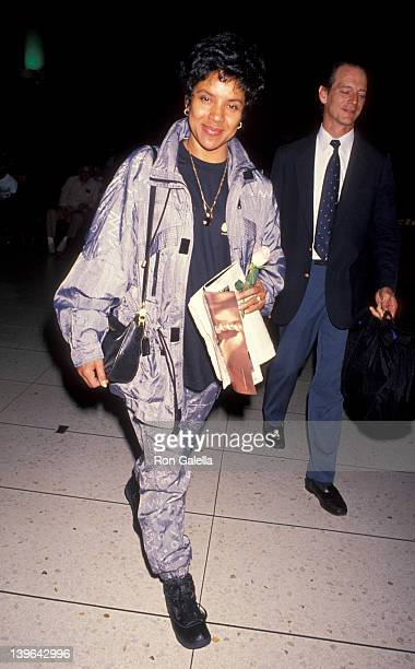 Actress Phylicia Rashad being photoraphed on February 21 1992 at the Los Angeles International Airport in Los Angeles California