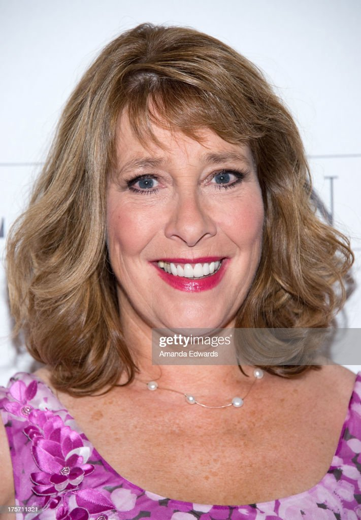 Actress <a gi-track='captionPersonalityLinkClicked' href=/galleries/search?phrase=Phyllis+Logan&family=editorial&specificpeople=540316 ng-click='$event.stopPropagation()'>Phyllis Logan</a> arrives at the 'Downton Abbey' photo call at The Beverly Hilton Hotel on August 6, 2013 in Beverly Hills, California.