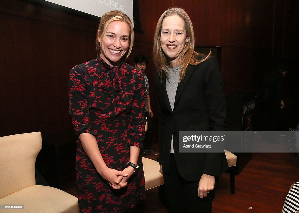 Actress <a gi-track='captionPersonalityLinkClicked' href=/galleries/search?phrase=Piper+Perabo&family=editorial&specificpeople=240107 ng-click='$event.stopPropagation()'>Piper Perabo</a> and CEO and Co-Founder of Teach For All, Wendy Kopp attend the Glamour And L'Oreal Paris Celebration for the Top Ten College Women at The Diana Center At Barnard College on April 3, 2013 in New York City.