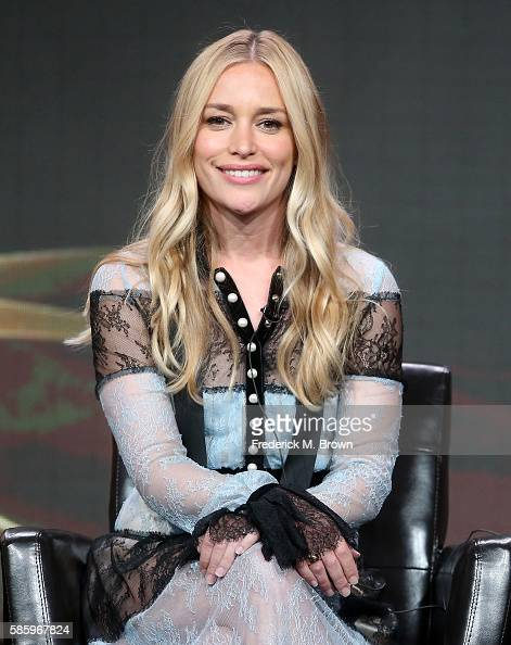 Actress Piper Perabo speaks onstage at the 'Notorious' panel discussion during the Disney ABC Television Group portion of the 2016 Television Critics...