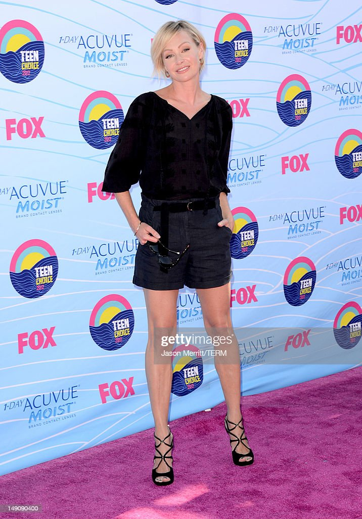 Actress Portia de Rossi arrives at the 2012 Teen Choice Awards at Gibson Amphitheatre on July 22, 2012 in Universal City, California.