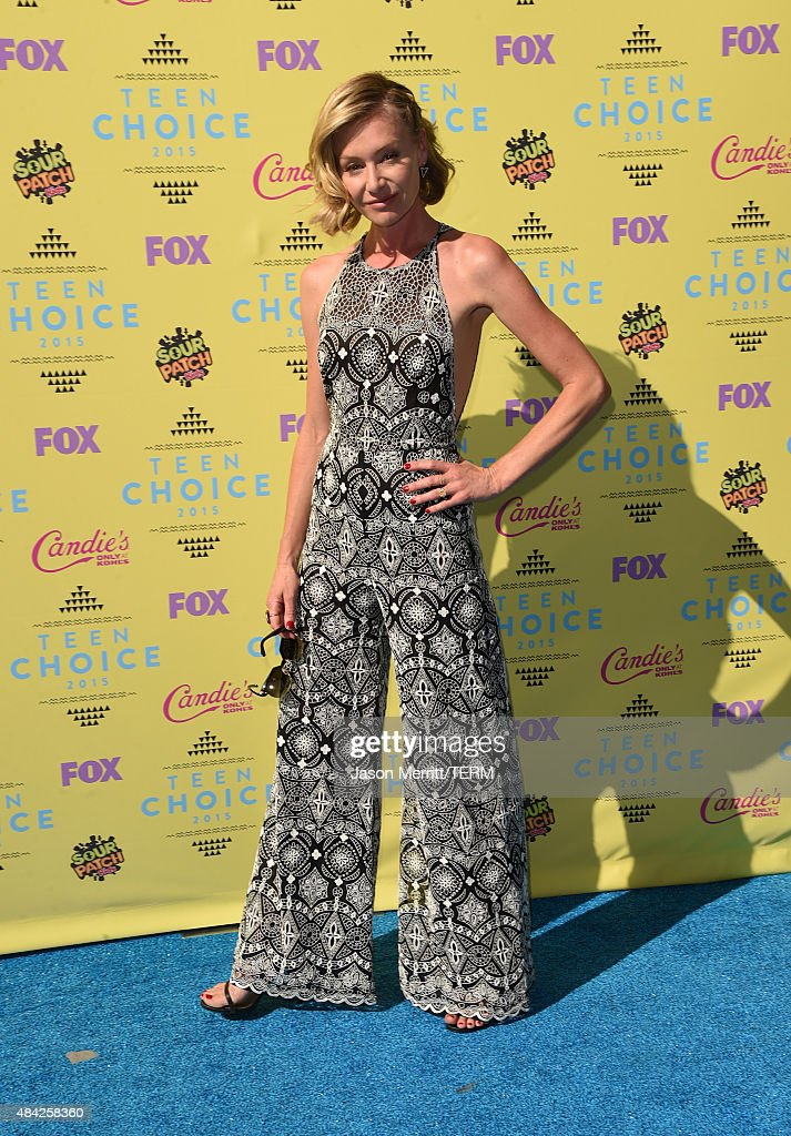 Actress Portia de Rossi attends the Teen Choice Awards 2015 at the USC Galen Center on August 16, 2015 in Los Angeles, California.