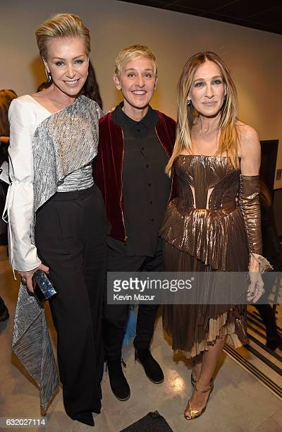 Actress Portia de Rossi comedian Ellen DeGeneres and actress Sarah Jessica Parker backstage at the People's Choice Awards 2017 at Microsoft Theater...