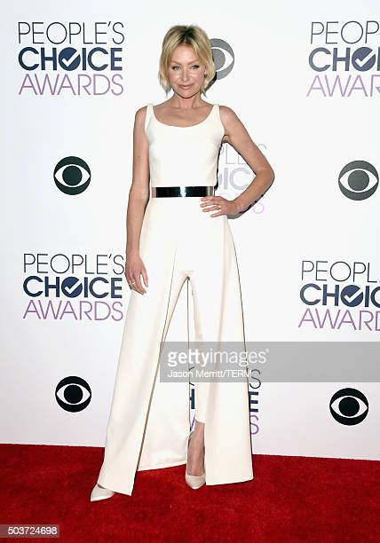 Actress Portia de Rossi poses in the press room during the People's Choice Awards 2016 at Microsoft Theater on January 6 2016 in Los Angeles...
