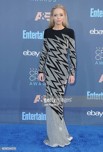 Actress Portia Doubleday arrives at The 22nd Annual Critics' Choice Awards at Barker Hangar on December 11 2016 in Santa Monica California