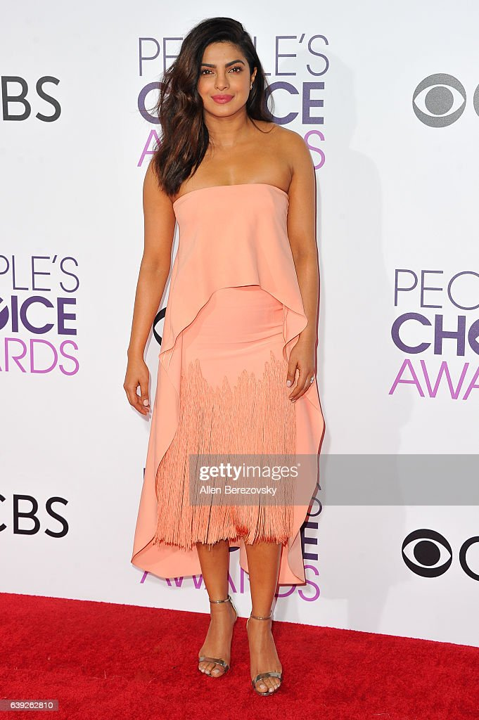 Actress Priyanka Chopra arrives at People's Choice Awards 2017 at Microsoft Theater on January 18, 2017 in Los Angeles, California.