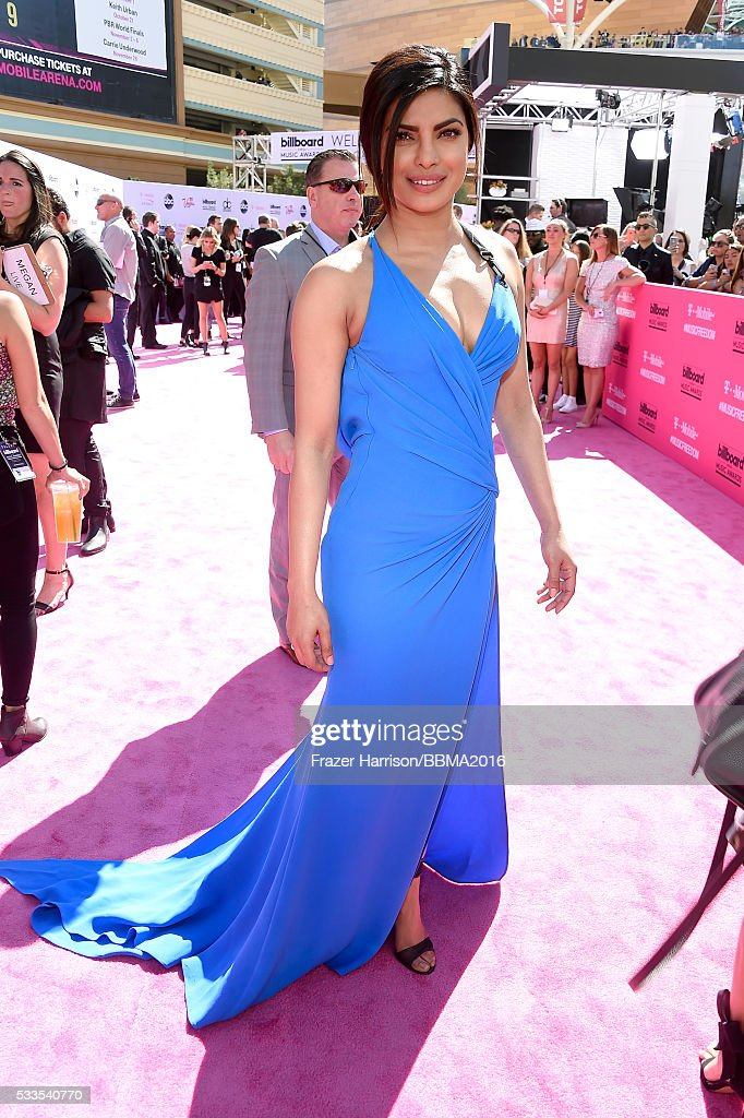 actress-priyanka-chopra-attends-the-2016-billboard-music-awards-at-picture-id533540770