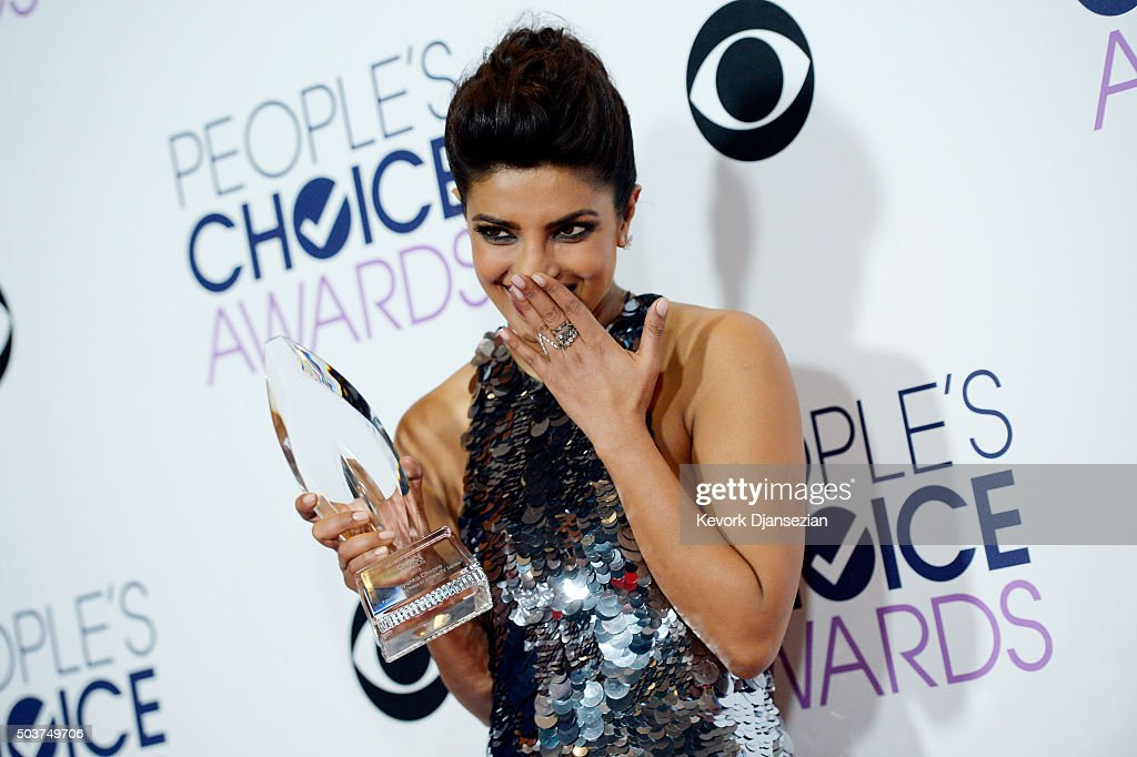 Actress <a gi-track='captionPersonalityLinkClicked' href=/galleries/search?phrase=Priyanka+Chopra&family=editorial&specificpeople=228954 ng-click='$event.stopPropagation()'>Priyanka Chopra</a>, winner of Favorite Actress In A New TV Series for 'Quantico', poses in the press room during the People's Choice Awards 2016 at Microsoft Theater on January 6, 2016 in Los Angeles, California.