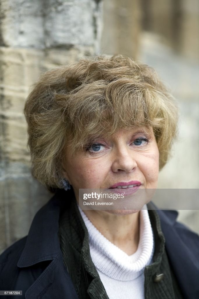 prunella scales tesco