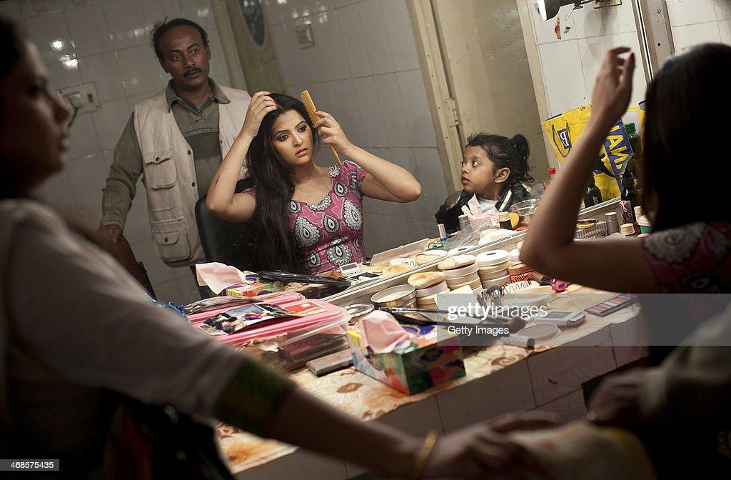 bangladesh film industry Seit 2003 reicht das land filme für die wahl zum oscar für den besten fremdsprachigen film ein küche  bangladesh, from nation to statehood, westview press,.