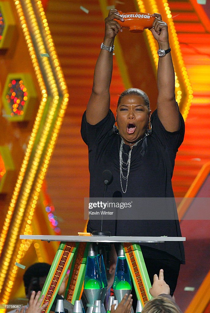 Actress Queen Latifah accept the 'Favorite Voice from an Animated Movie' award onstage during the 20th Annual Kid's Choice Awards held at the UCLA...