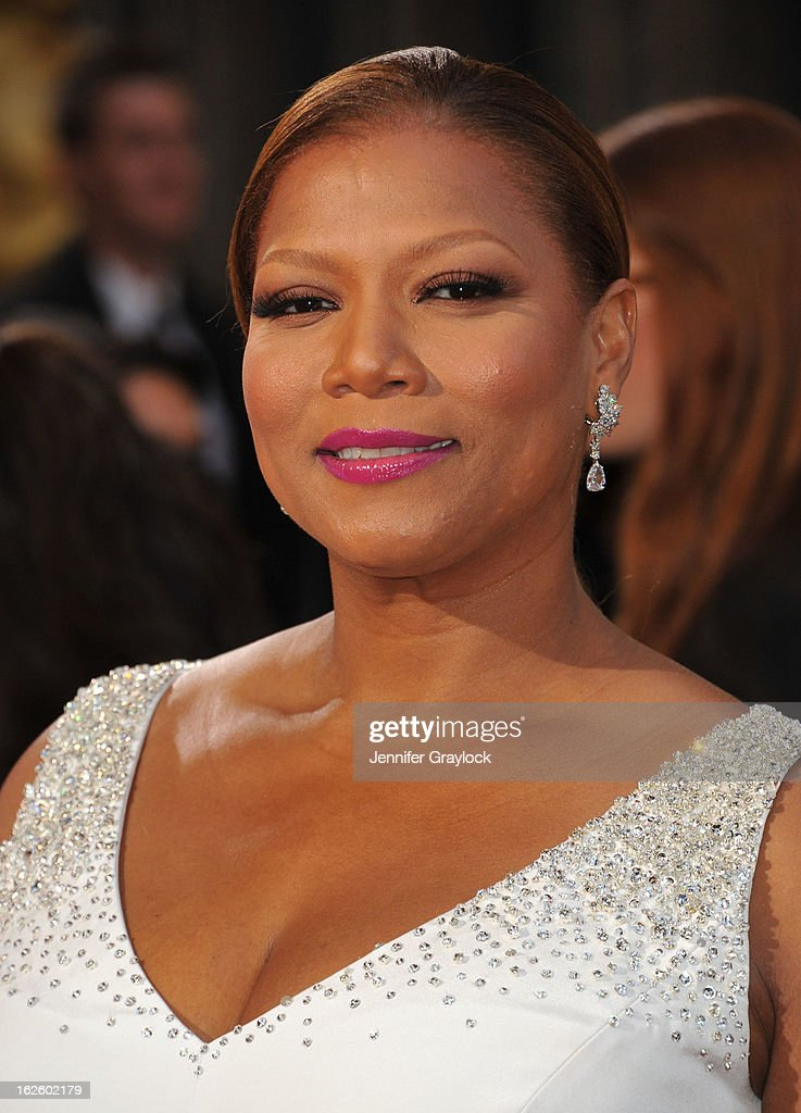 Actress Queen Latifah attends the 85th Annual Academy Awards held at the Hollywood & Highland Center on February 24, 2013 in Hollywood, California.