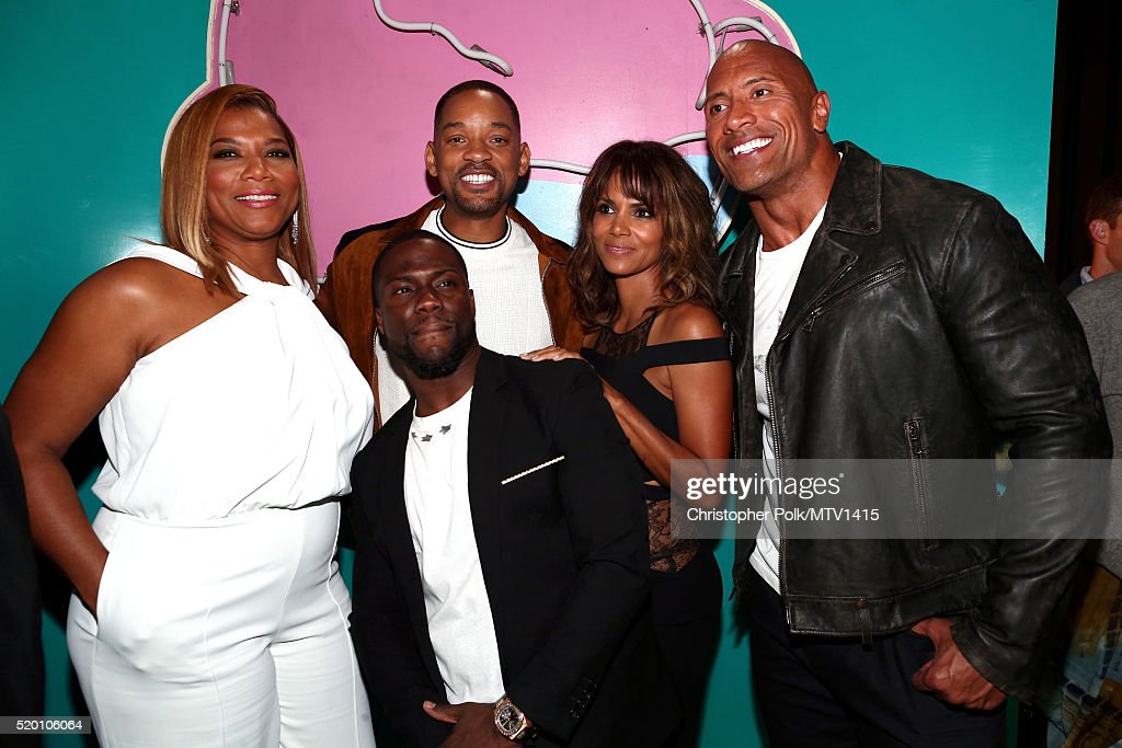 actress-queen-latifah-cohost-kevin-hart-honoree-will-smith-actress-picture-id520106064