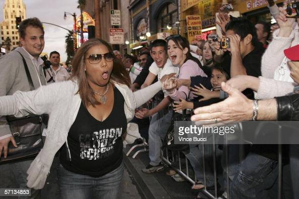 Actress Queen Latifah greets fans at the world premiere of the Twentieth Century Fox film 'Ice Age The Meltdown' at the Mann's Grauman Chinese...