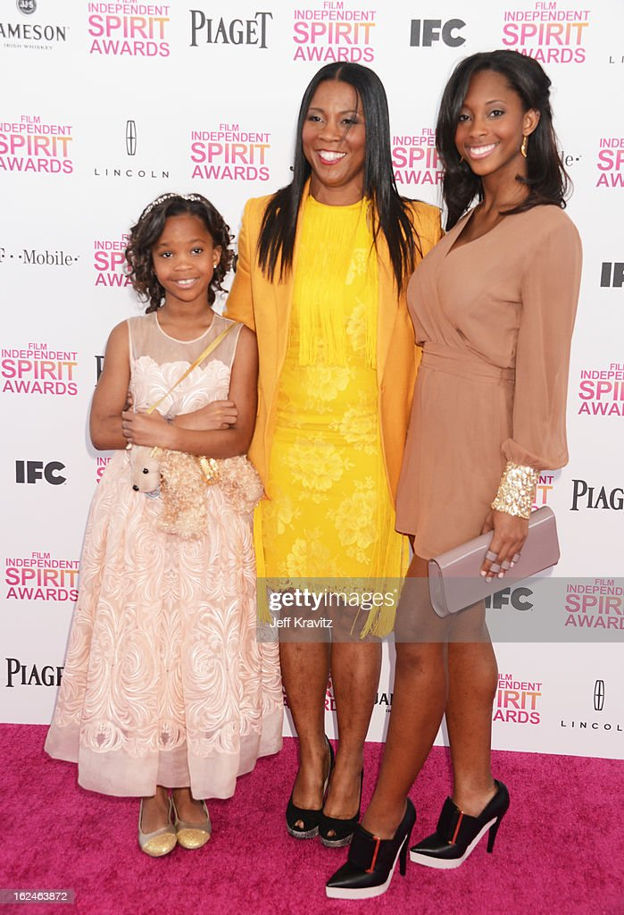 Actress Quvenzhane Wallis, mother Qulyndreia Wallis and sister Qunyquekya Wallis attend the 2013 Film Independent Spirit Awards at Santa Monica Beach on February 23, 2013 in Santa Monica, California.