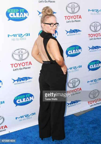 Actress Rachael Harris attends Keep it Clean Live Comedy Benefit for Waterkeeper Alliance at Avalon Hollywood on April 20 2017 in Los Angeles...