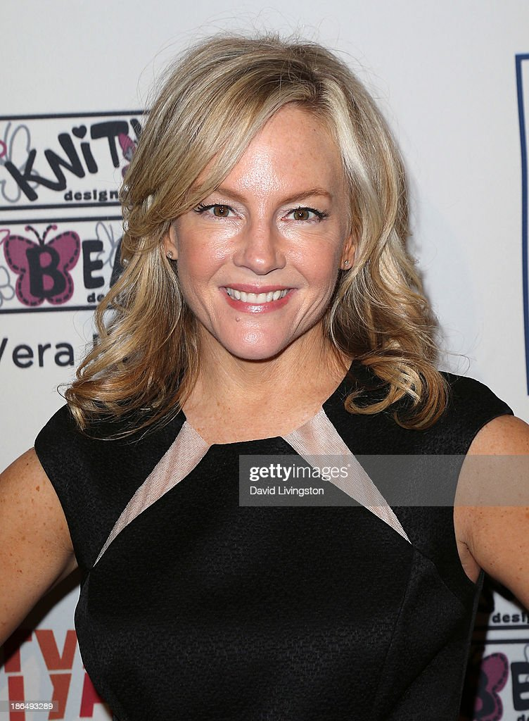Actress <a gi-track='captionPersonalityLinkClicked' href=/galleries/search?phrase=Rachael+Harris&family=editorial&specificpeople=240713 ng-click='$event.stopPropagation()'>Rachael Harris</a> attends the Inner-City Arts 2013 Imagine Gala at the Beverly Hilton Hotel on October 30, 2013 in Beverly Hills, California.