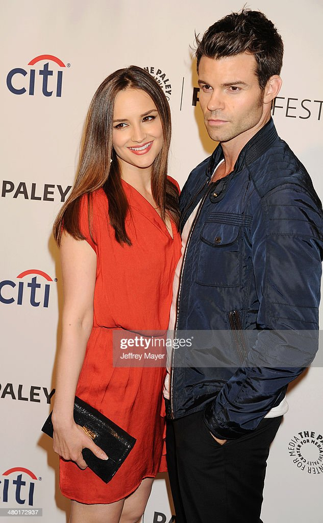 Actress <a gi-track='captionPersonalityLinkClicked' href=/galleries/search?phrase=Rachael+Leigh+Cook&family=editorial&specificpeople=208121 ng-click='$event.stopPropagation()'>Rachael Leigh Cook</a> (L) and actor/husband <a gi-track='captionPersonalityLinkClicked' href=/galleries/search?phrase=Daniel+Gillies&family=editorial&specificpeople=675058 ng-click='$event.stopPropagation()'>Daniel Gillies</a> attend the 2014 PaleyFest - 'The Vampire Diaries' & 'The Originals' held at Dolby Theatre on March 21, 2014 in Hollywood, California.