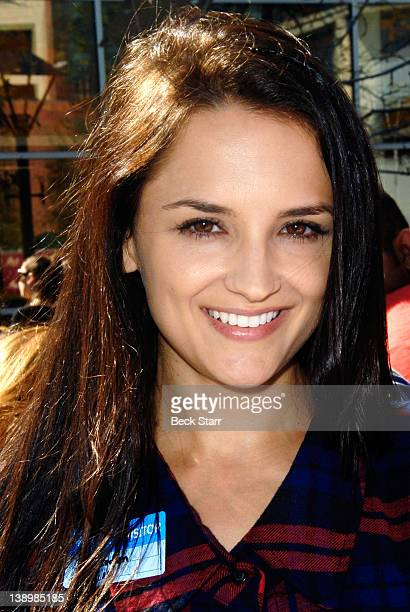 Actress Rachael Leigh Cook attend Trueheart Events 1st annual All You Need Is Love Valentine's Day Party at Children's Hospital Los Angeles on...